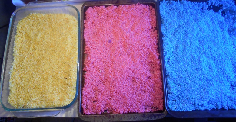 tray color rice